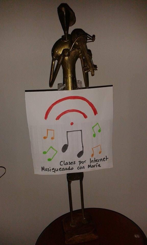 Clases por Internet de Musiqueando con María