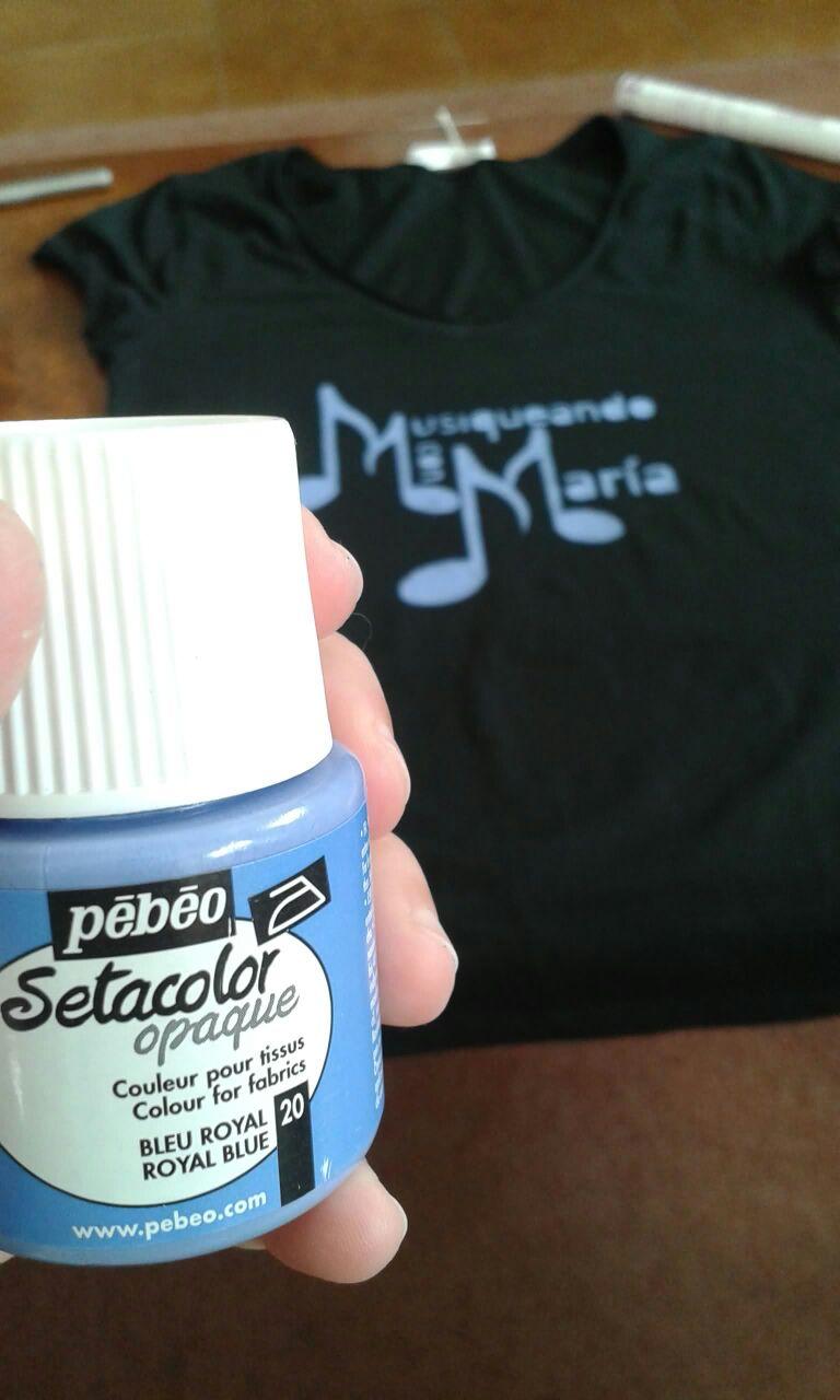 Pintura azul para camisetas