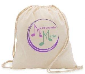Mochila con el logo de Musiqueando con María